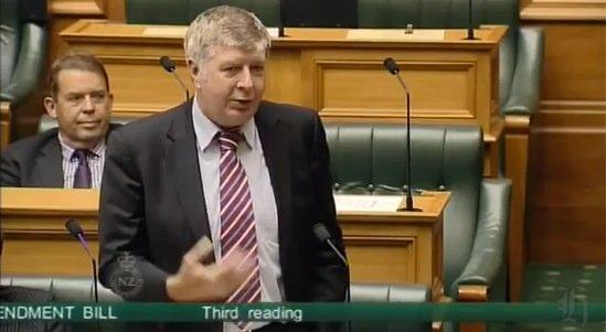 Maurice Williamson_ _Rainbow across my electorate_ - YouTube