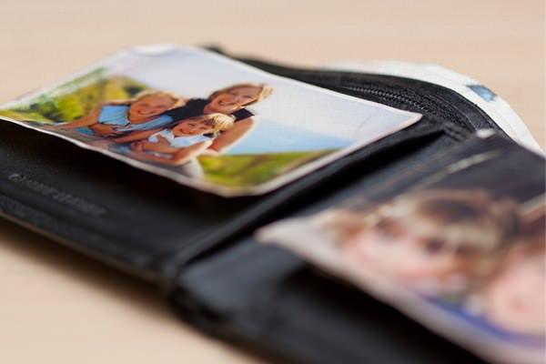 驚きの効果!海外では赤ちゃんの写真をお財布に入れよう