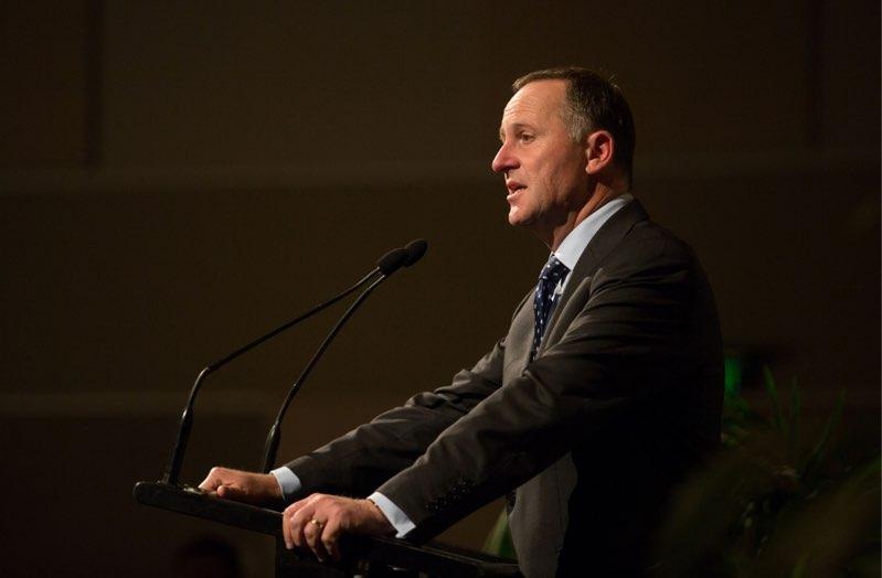 移民が必要なのは無職のニュージーランド人が怠け者だから?首相の発言が話題に