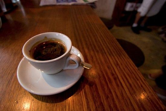 NZ独特のコーヒー。Long BlackとShort Blackって何?ブレンドとの違い