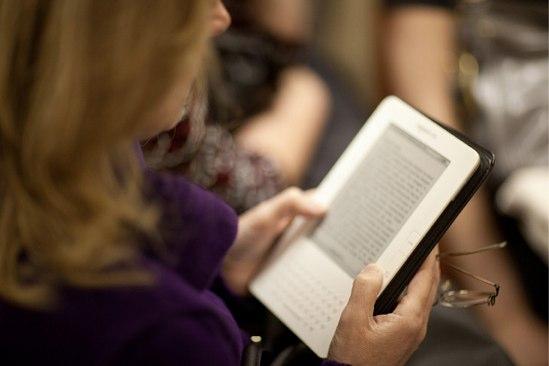 海外在住には朗報!あのKindleが日本語書籍に対応
